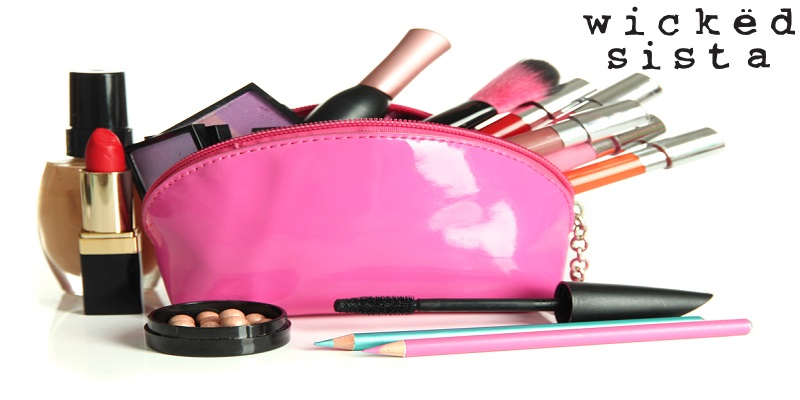 Smart Tips To Pack Your Travel Makeup Bag