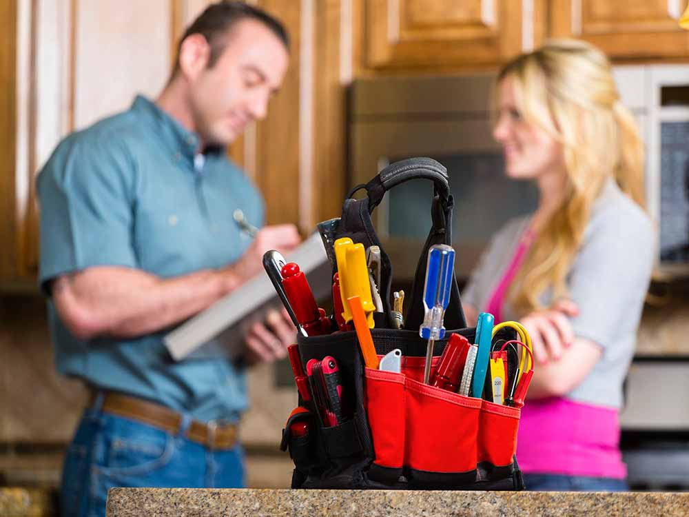 Hire Handyman Service: The Important In Maintaining Your Home Risk-Free