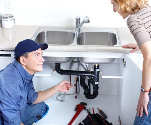 5 Pro Reasons to Hire Plumber for Maintenance