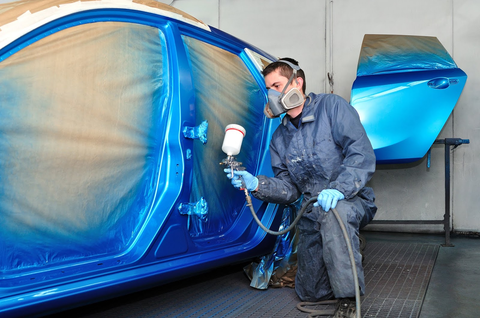 Repairing a damaged car- having your car repaired and painted