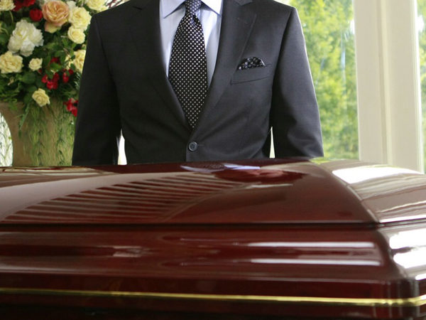 What Services Do The Funeral Homes Provide? Get The Idea!