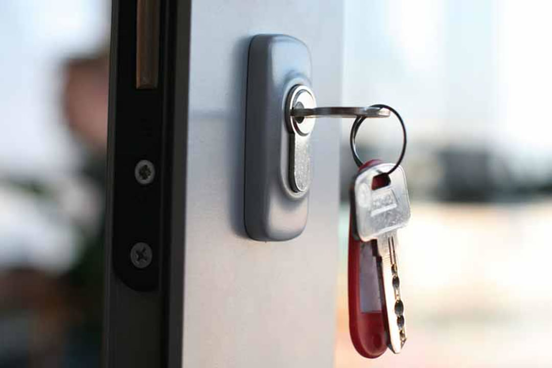 Why Safe Locksmiths can Give You Added Security