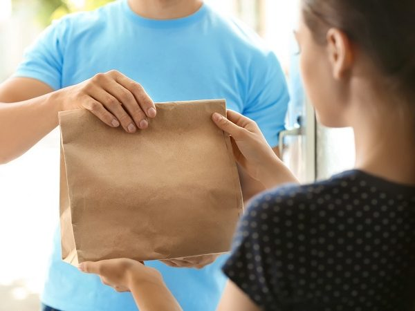 What Are The Advantages Of Food Delivery Services?