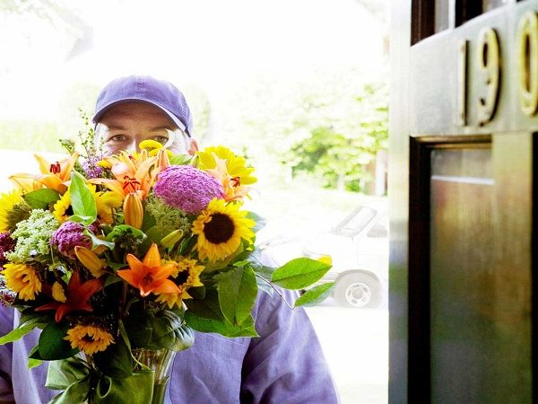 Benefits Of Using An Online Florist And Sending Flowers The Same Day
