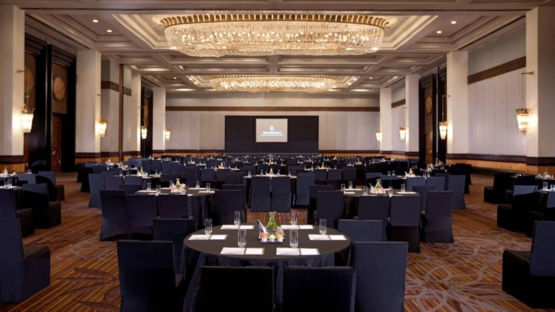How to choose perfect and best Conference Venue for function