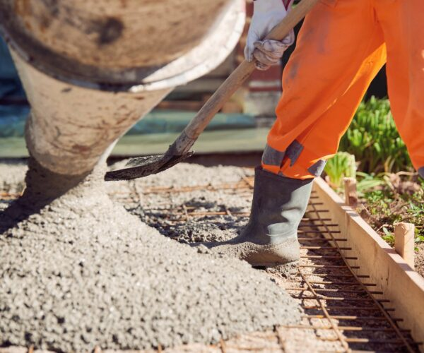 Do I need qualifications to become a professional concreter?